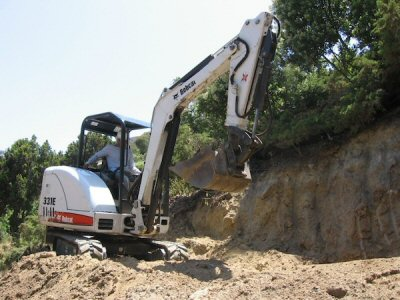Excavating for Retaining Wall